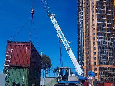 Погрузка 40-футовых контейнеров, г.Сургут